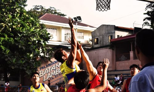 group-of-people-playing-basketball-1705165